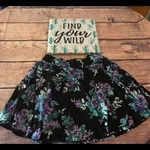 Pins and Needles- Floral Skirt EUC